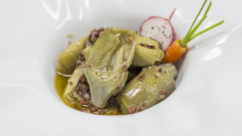 corazones de alcachofa con virutas de jamón ibérico gastrogust